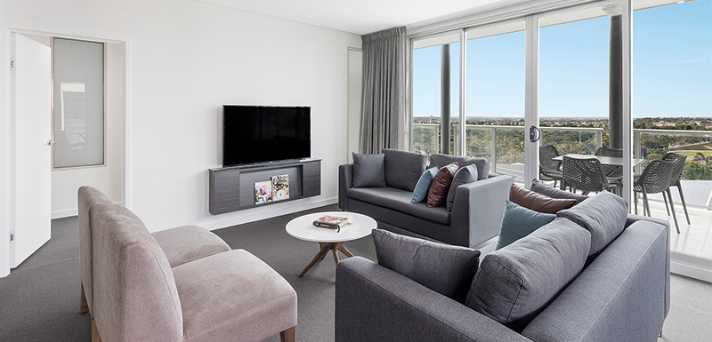 OAKS Apartment Adelaide | Fashion Tour
